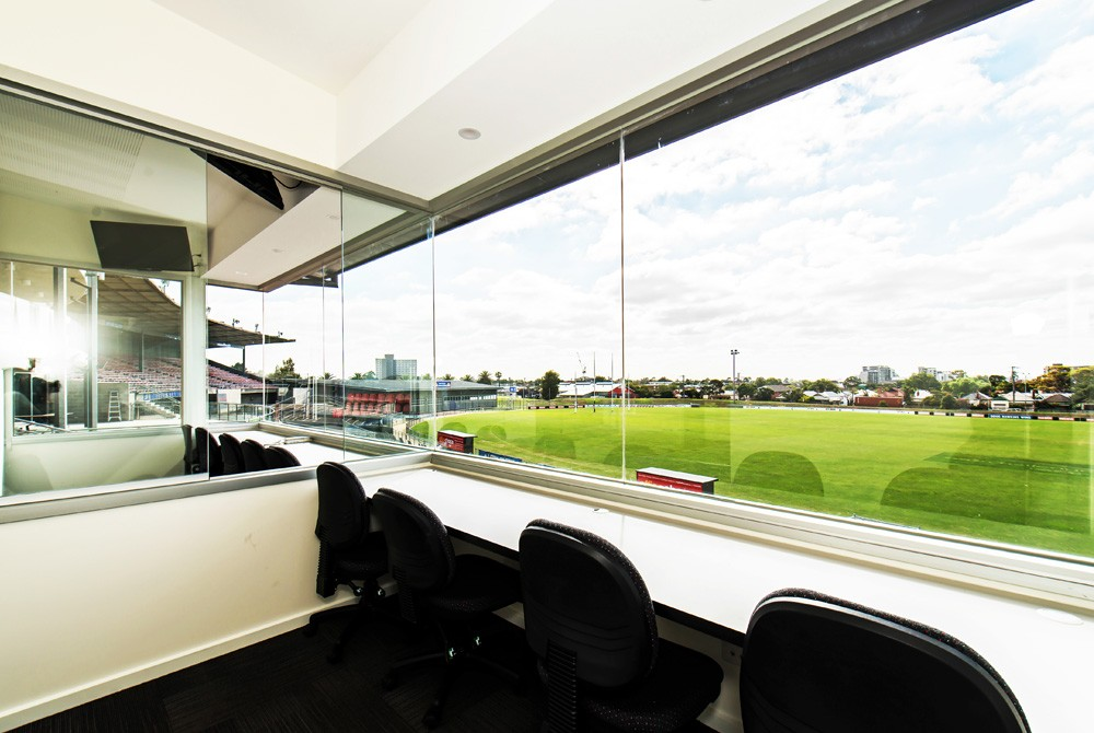 Commercial-Refurbsihment-Whitten-Oval-2
